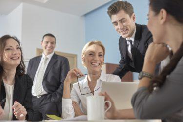 外国人雇用の手引き②|採用・受け入れ方法や注意すべきポイントを解説